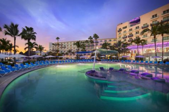 LGBT Family & Friends Resort Hard Rock Vallarta SPECIALE FAMIGLIE ARCOBALENO