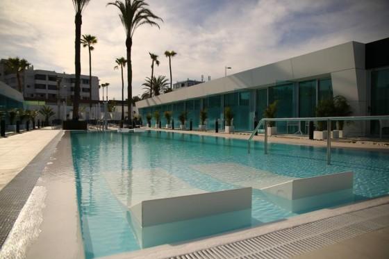 Hotel gay hotel nayra gran canaria for Normativa piscinas canarias
